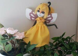 Monster-High-OOAK-Puppe-Custom-Repaint-ribombee-Pokemon