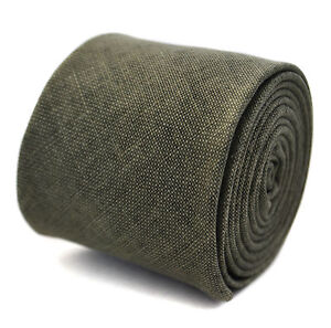 Frederick-Thomas-100-linen-khaki-green-coloured-textured-slim-mens-tie-FT2041