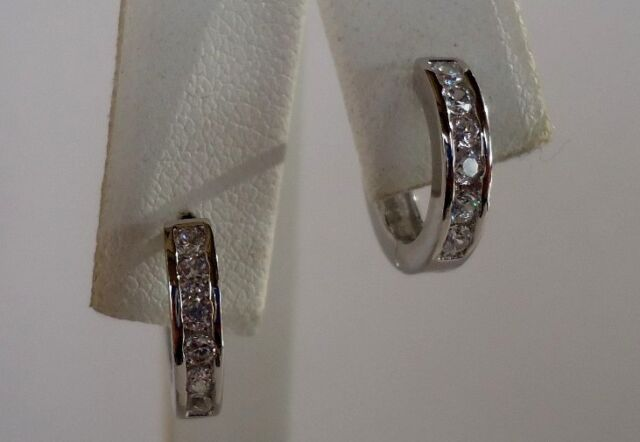LADIES HUGGIE EARRIINGS /925 STERLING SILVER / .50 CT MAN MADE DIAMONDS