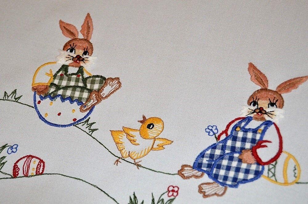 Lapin de Pâques en plaid diapositives DOWN HILL en coquille d'œuf  Vintage Gerhomme Nappe