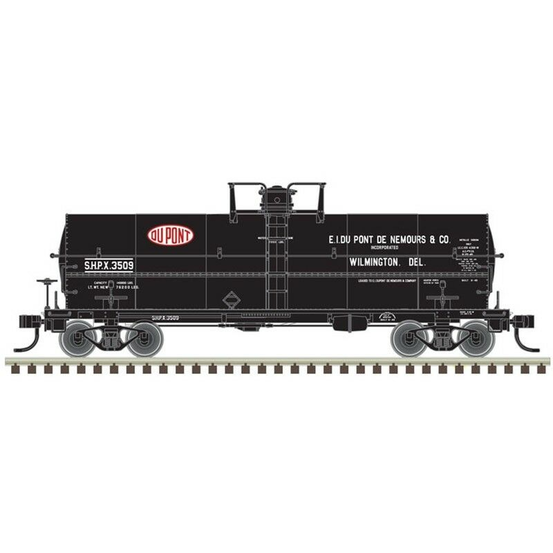 DuPONT CO 11,000 GAL DETAILED TANK CAR -HO-SCALE BY ATLAS MODEL CO-VERY SHARP