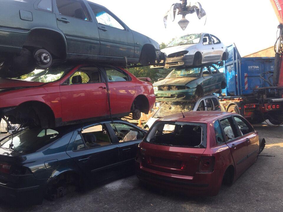 Skrotbiler købes til fornuftigt priser. Vi er m...