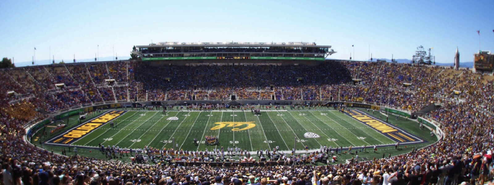 Oregon Ducks at Cal Bears Football