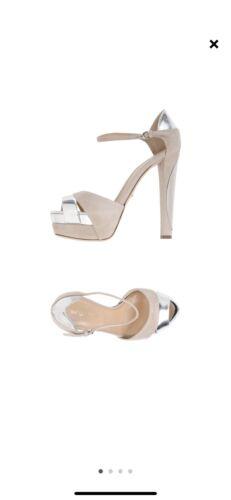 Sergio Rossi Gray Silver Sandels Size 38 Authentic