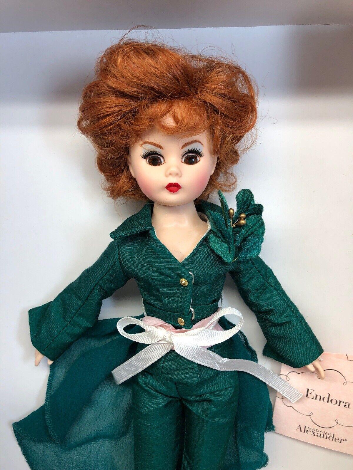 10.5  Muñeca Madame Alexander  caída  hermosa pelirroja de Menta Con Caja