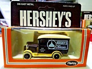 VINTAGE-HARTOY-HERSHEY-039-S-Hershey-039-s-Kisses-Truck-Brown-1-64-Scale-Diecast-RARE