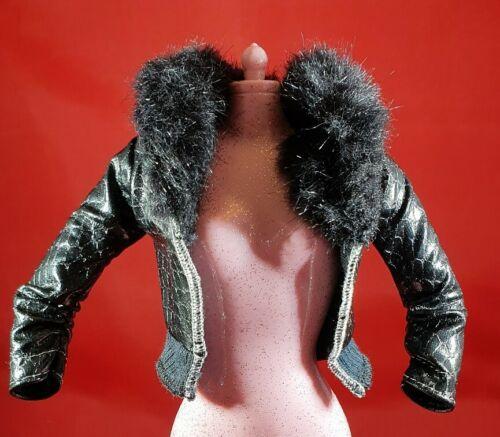 Barbie In Finta Nera Pelle Verniciata Bomber GLAM LUXE Vestiti Bambole Accessorio