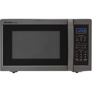 Elegant Energy Efficient Stainless Steel 100 Watt Countertop Microwave Black
