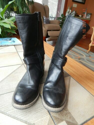 Ladies Clark leather boots