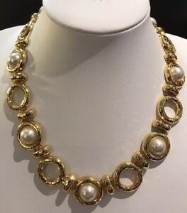Vintage-Gold-Tone-Faux-Pearl-Necklace
