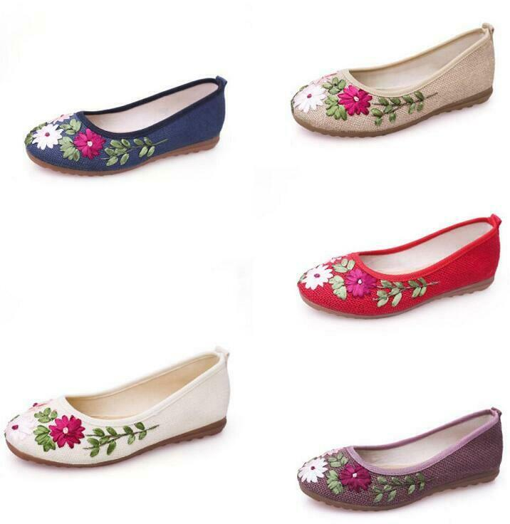 Womens Embroidered shoes old Peking Ethnic Style Ancient-Costume Round Toe Hot