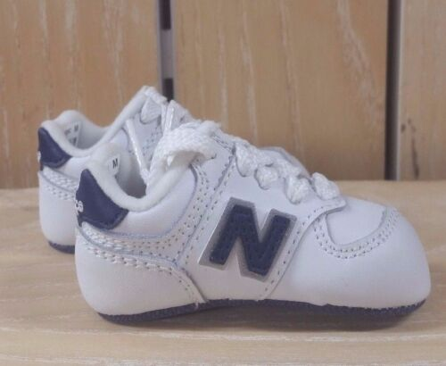 NEW BALANCE CRIB BOOTIES INFANT SOFT BOTTOM WHITE NAVY KJ 574ENC SZ 0-2 A