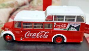 Autobus-Commer-Commando-Coca-Cola-Scala-1-76-Oxford-76COM008CC-Nuovo