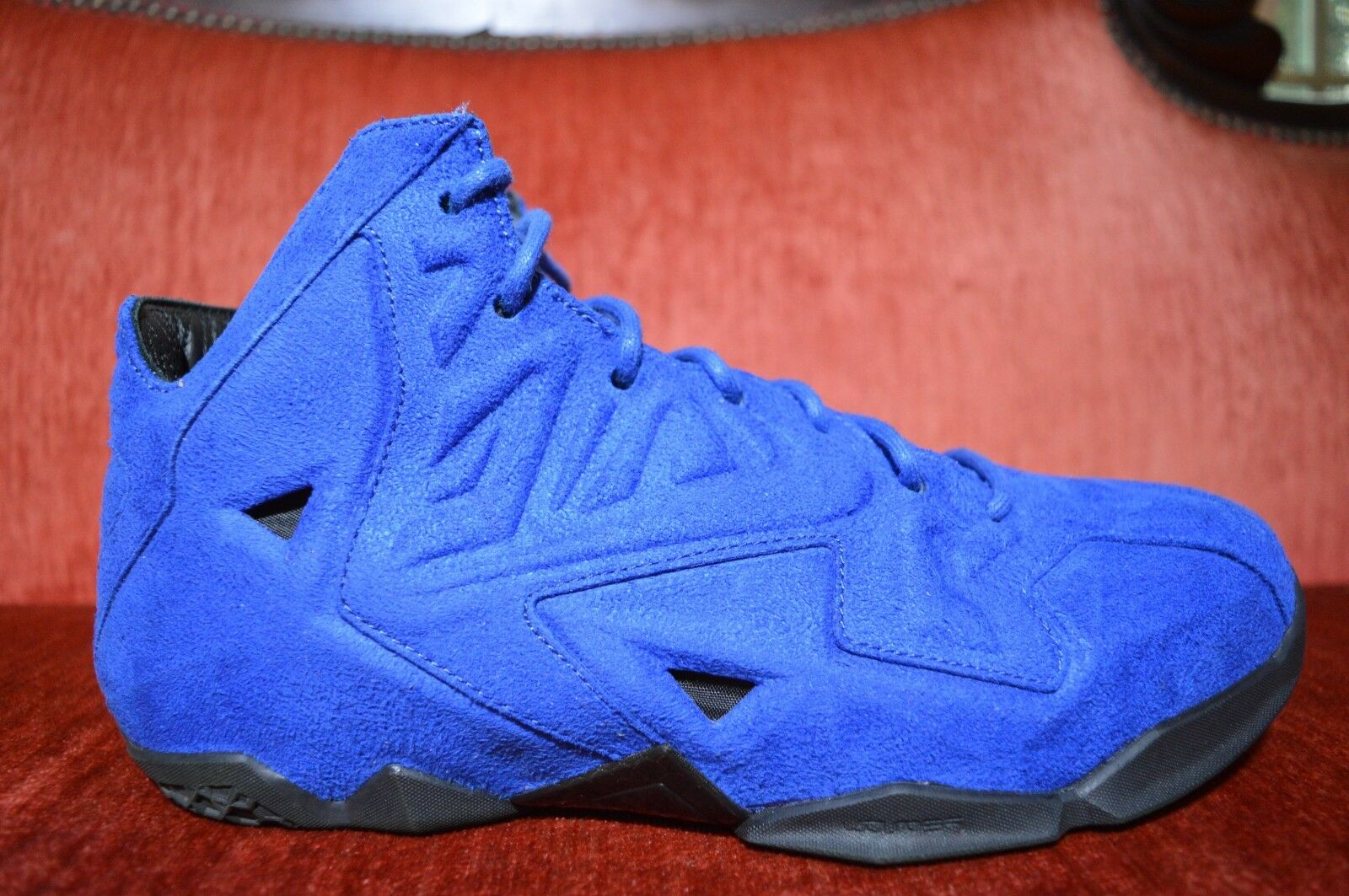 WORN 11 2X Nike LeBron 11 WORN XI EXT Blue Suede QS Size 8.5 656274-440 Kyrie MVP Cavs 4428bd