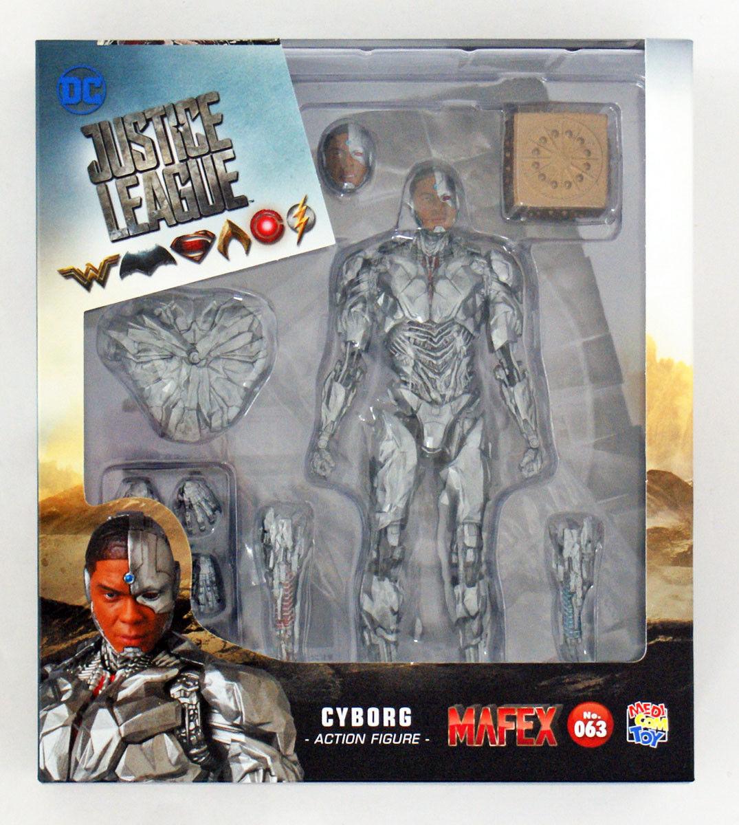 Medicom MAFEX 063 Cyborg Figure (Justice League)