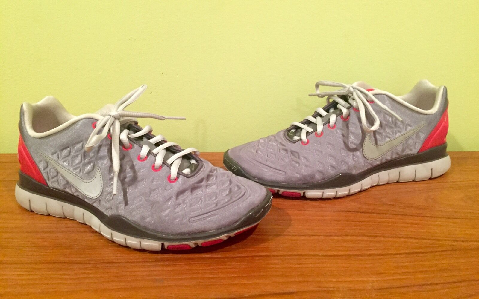 Womens Nike Free Training Fit Multi-Color Athletic Shoes Size 8.5