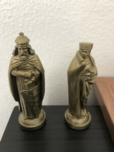 4-inch-Black-amp-Gold-Medieval-Themed-Plastic-Chess-Pieces