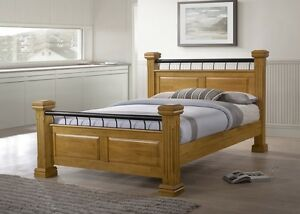 Rolo Chunky 4 Poster Classic British Style 5ft Kingsize Oak Wooden Bed