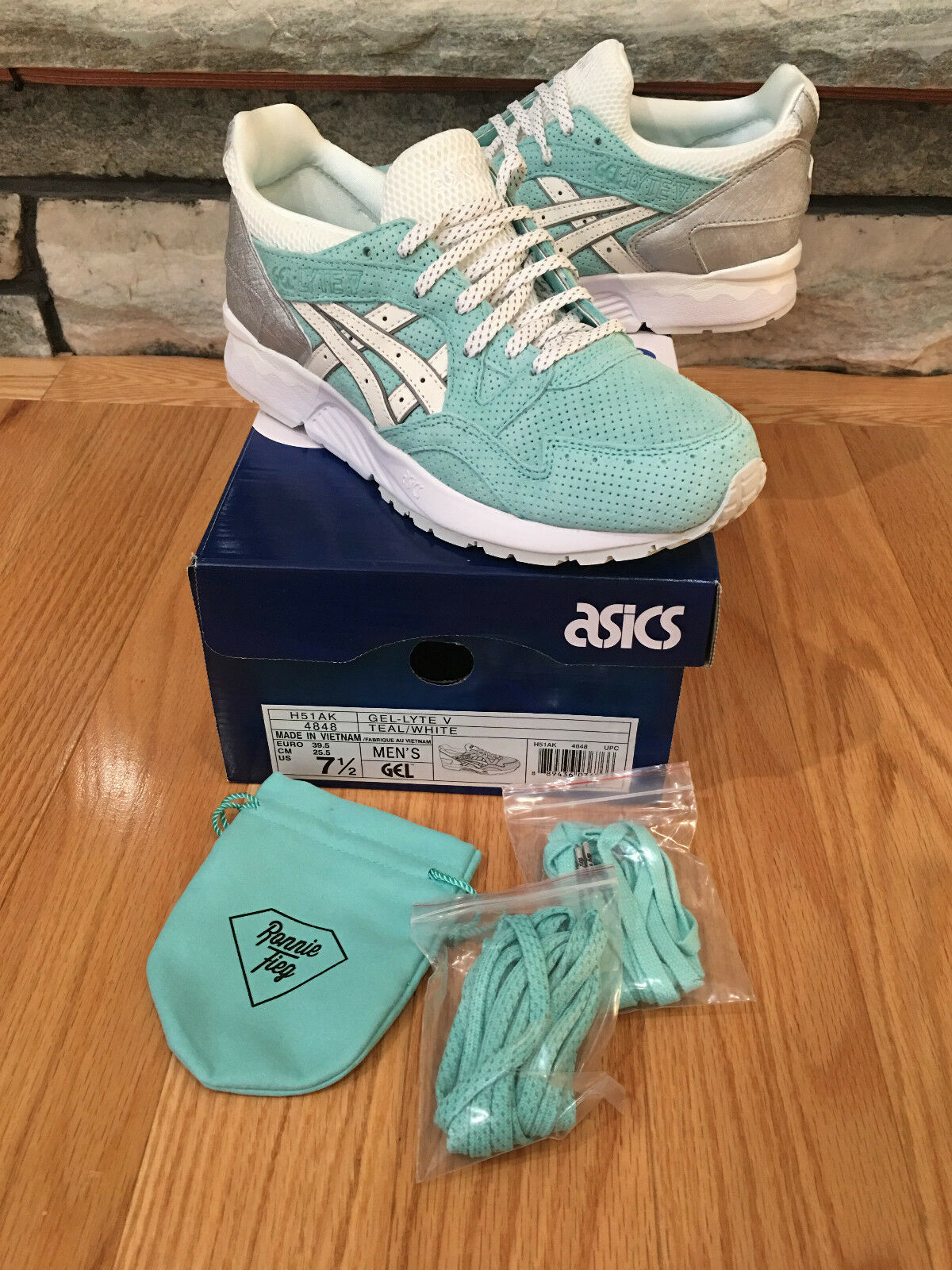 ASICS x KITH Ronnie Fieg x TIFFANY Diamond Supply Gel Lyte V Size 7.5 DS New