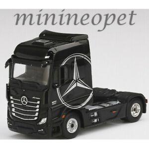 TSM Model 2020 Mini-GT 1:64 Silver MERCEDES-BENZ ACTROS Tractor Semi Cab LHD