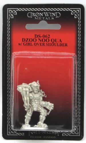 Shadowrun Troll Vampire Ral Partha DS-062 Dzoo Noo Qua with Girl Over Shoulder