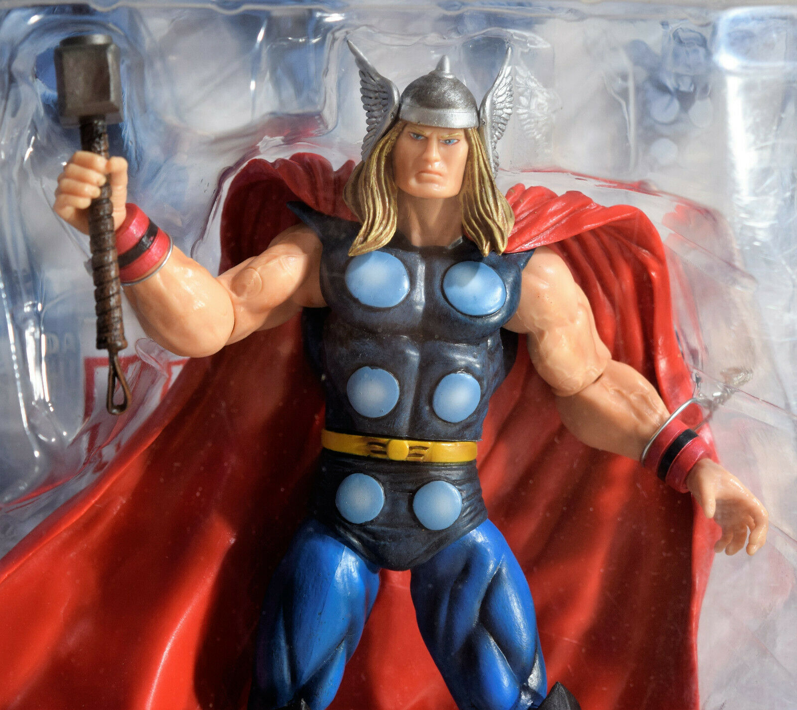 """Marvel Select MIGHTY THOR 7/"""" Disney Store Collector/'s Action Figure 2012 Edition"""