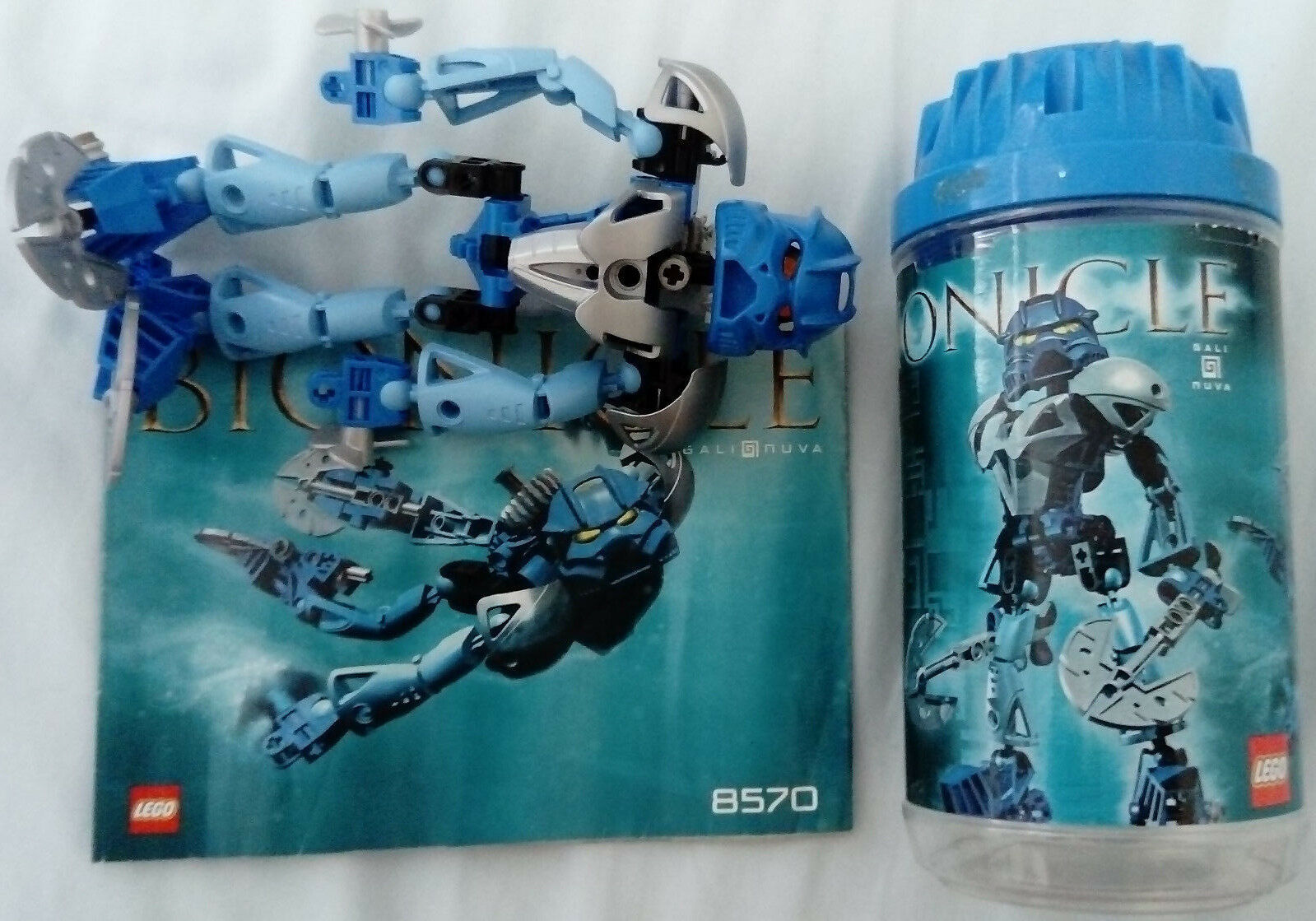 LEGO Bionicle Gali Nuva set number 8570 COMPLETE