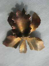 Vintage Brooch in the Shape of an Iris (9357)