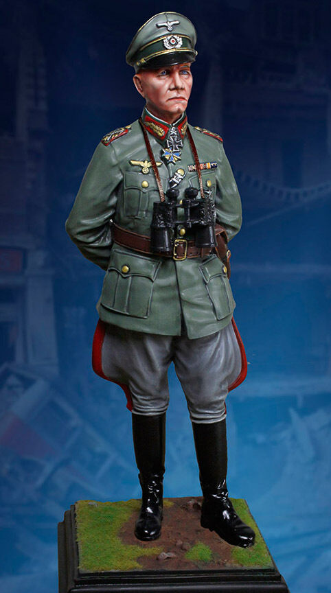 samlaORS SHWCASE WW2 TYRMAN CS6012 GENERAL ERWIN ROMMEL STATUE MIB
