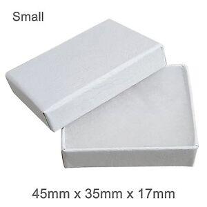 White Cardboard Jewellery Gift Box Cotton Cushion Strong Jewelry Box