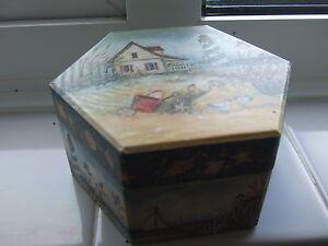 Bobs-Trinket-box-small-hexagon-shaped-hinged-trinket-box