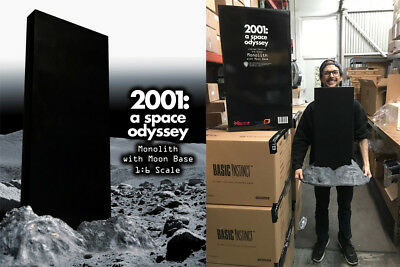 2001 a space odyssey 1 6 scale monolith and moon base diorama 031er08 ebay 2001 a space odyssey 1 6 scale monolith and moon base diorama 031er08 ebay