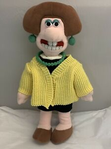 WENDOLENE-PLUSH-DOLL-from-Wallace-amp-Grommit-14-inches-Yellow-Sweater-1989