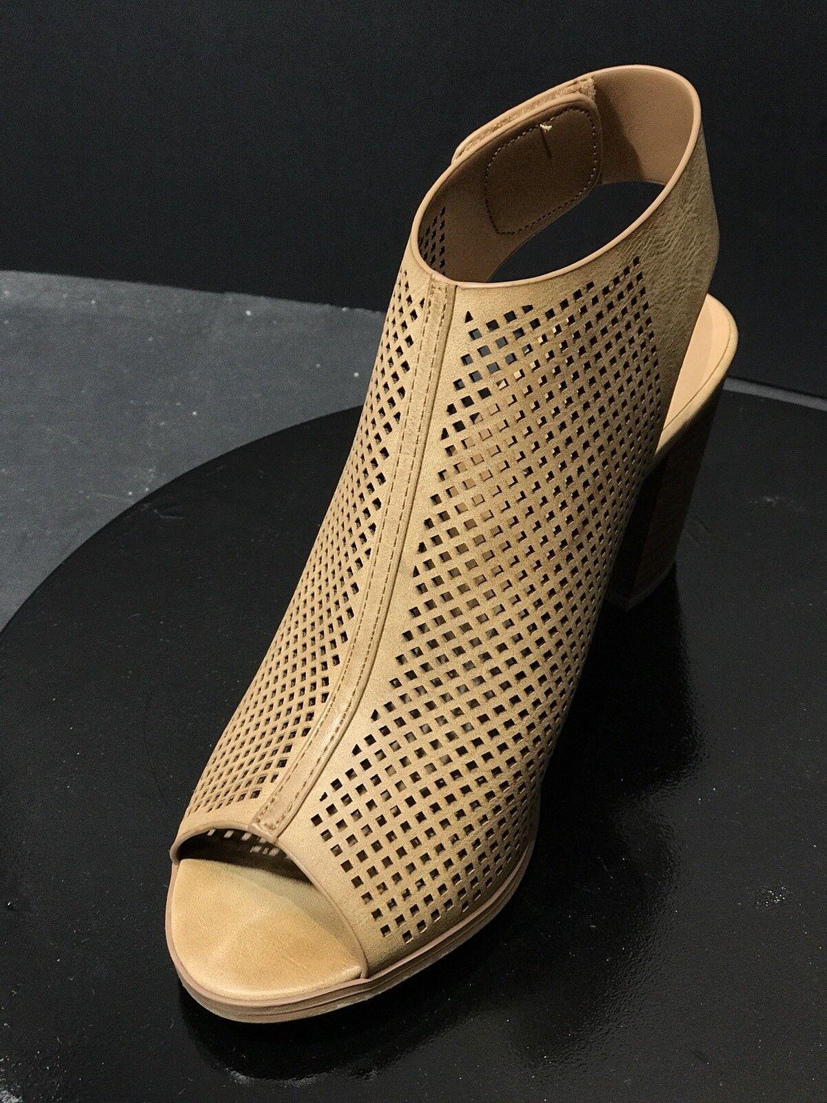 City Toe Classified Women Leatherette Peep Toe City Perforated Chunky Heel Mule Size US 9 2ec4e8