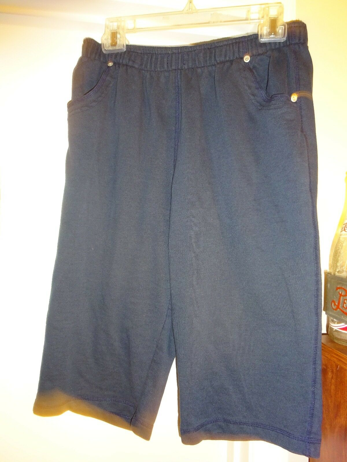 LANA LEE Capri's Capri Cropped Pants Size Medium Navy bluee Elastic Waist