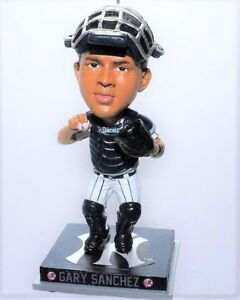Gary-Sanchez-Bobblehead-Ornament-NEW-YORK-YANKEES-only-360-made-4-inches-tall