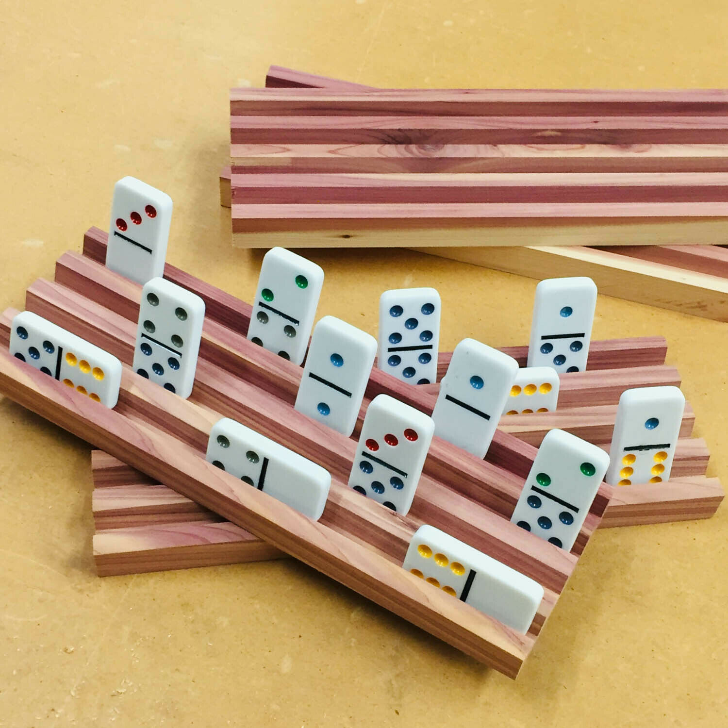 8 HANDMADE SOUTHERN rot CEDAR DOMINO HOLDERS MEXICAN TRAIN 4 ROWS EACH RACK NEW