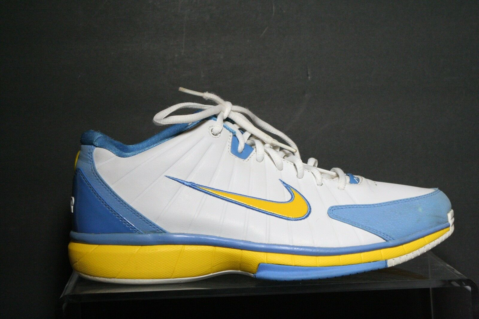 Nike Total Package Basketball Sneaker 2005 VTG OG UCLA Women 12 Men 10.5 Ath Hip