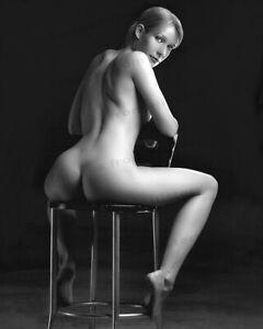 8x10-Print-Gwyneth-Paltrow-Exposed-Sexy-Beautiful-as-Ever-GP45