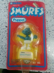 Details about Vintage 1981 Smurfs Puppet Red Push Button Helm NOS NIP NOC