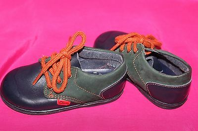 CLARKS first shoes boys toddler genuine leather flat shoes size 4