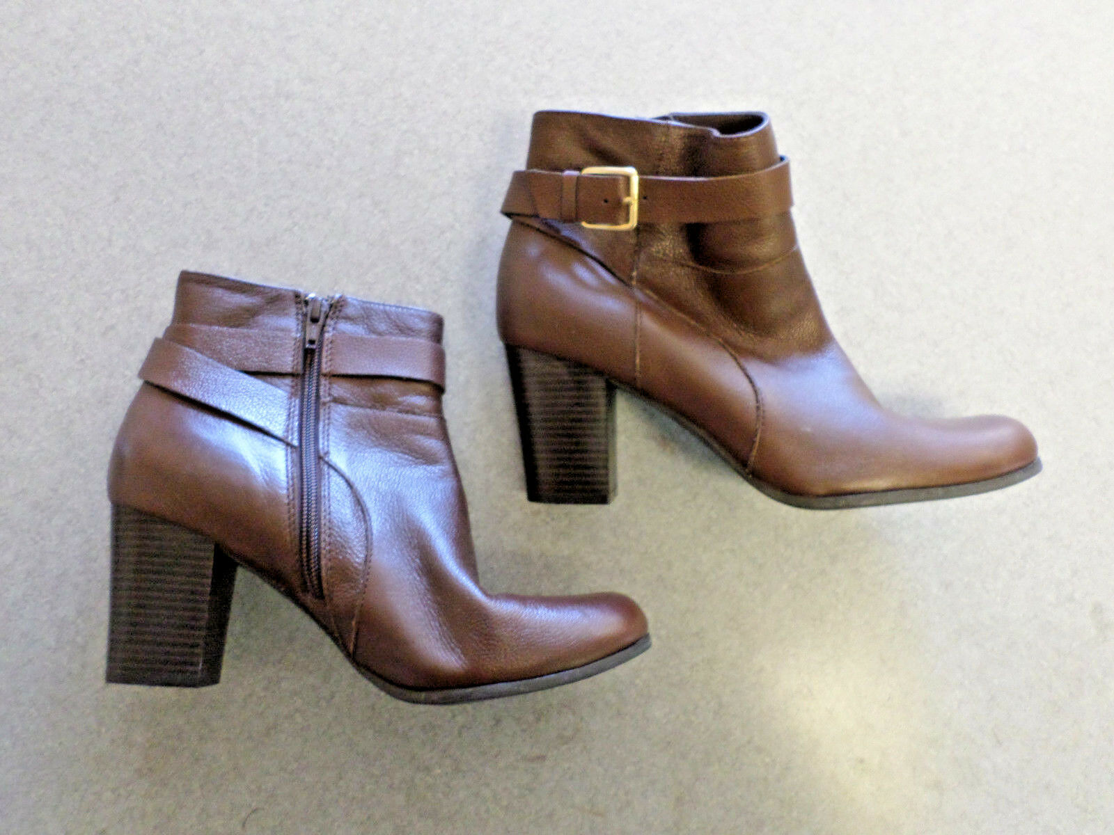 vendita con alto sconto Cole Haan Marrone leather, side zip and and and buckle ankle stivali, Donna  9 B  protezione post-vendita