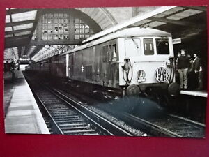PHOTO-CLASS-73-73138-amp-73108-AT-DOVER-WEST-HEADBOARD-DOVER-DEALER