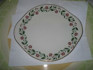 RARE-ROYAL-DOULTON-HOLLY-1986-CAKE-PLATE-10-5-034-X-92-APPROX-USED-VGC-SEE-PICTURES