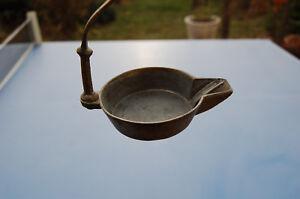 Ancienne Et Authentique Petite Lampe A Huile En Fer Et Bronze Ebay