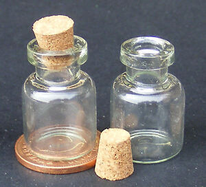 1-12-Scale-2-Glass-Storage-Jars-With-Cork-Stoppers-Dolls-House-Accessory-G25W