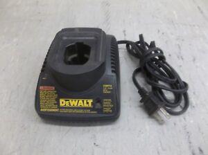 DeWalt-7-2V-14-4V-NiCd-Battery-Charger-DW9118