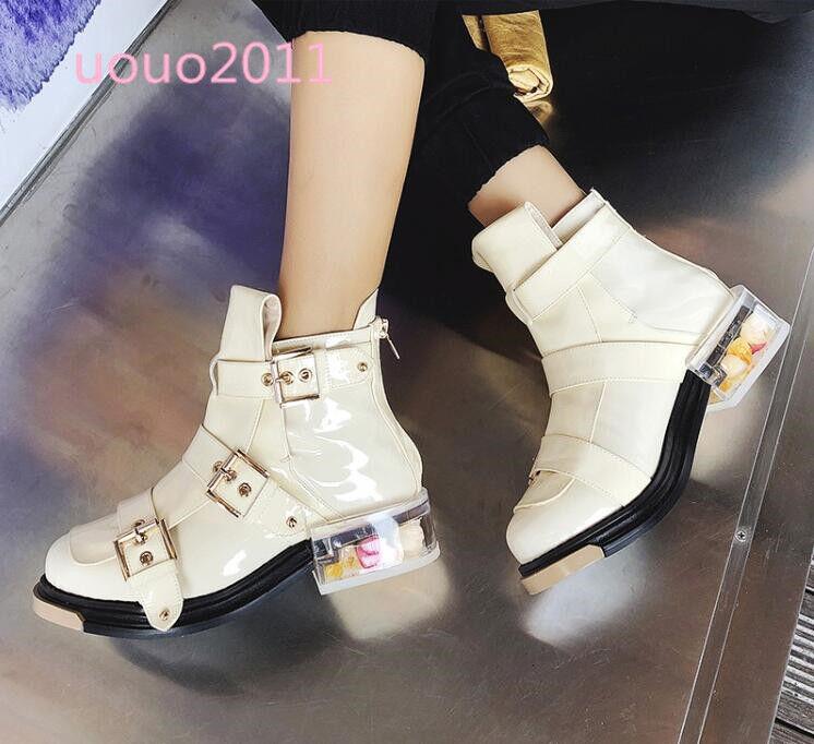 Mujeres Cuero Tobillo Patente Hebillas Bloque Tacón Bajo Flores Punk Tobillo Cuero botas Zapatos De Moda a7f826