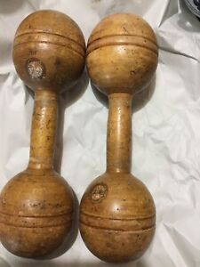 Antique Set Of 2 Standard Narragansett Machine Co 1-lb Wood Dumbbells W/label Other Antique Woodenware Decorative Arts