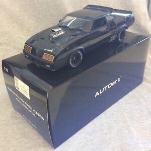 AUTOart Mad Max Ford XB Falcon Tuned version 1:18 Black Interceptor NEW !!